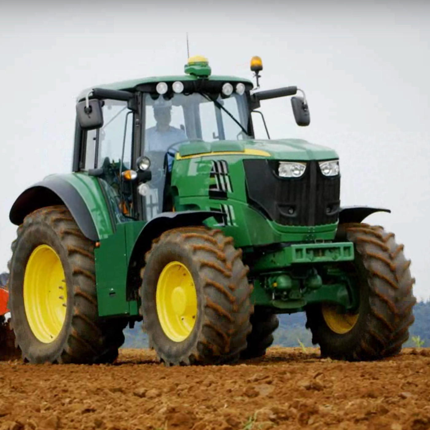 John Deere's first fully electric tractor sounds like a jet