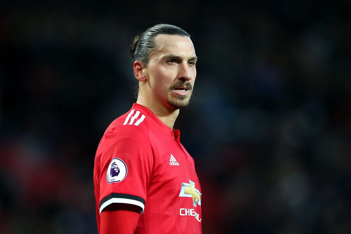 Manchester United's Zlatan Ibrahimovic set for month on the sidelines