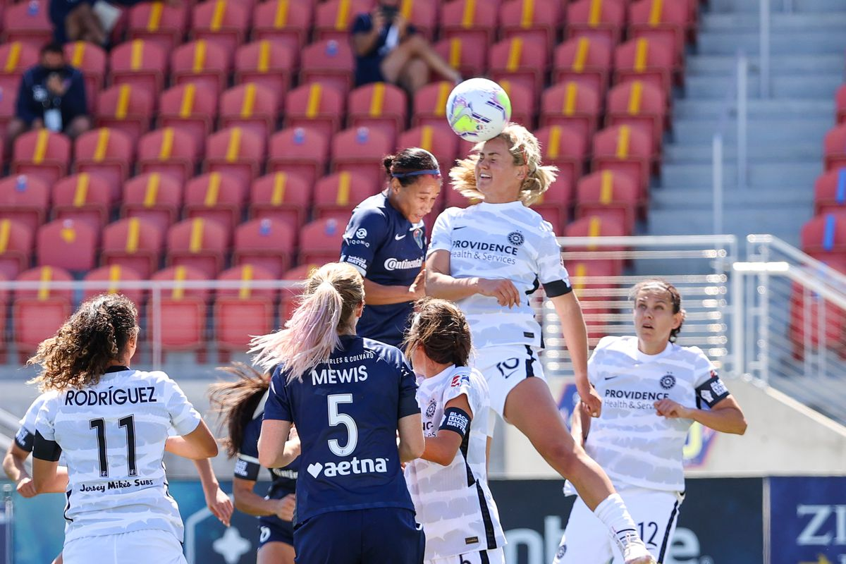 Soccer: NWSL Challenge Cup-NC Courage vs Portland Thorns