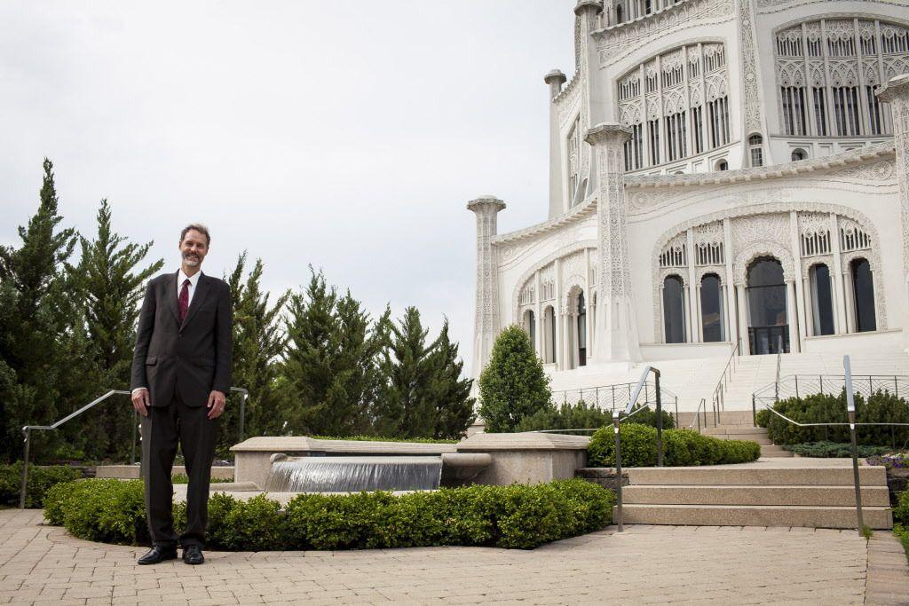 Paylocity founder Steve Sarowitz, a member of the Baha'i faith, outside the Baha'i Temple in Wilmette.   Michelle Kanaar / Sun-Times