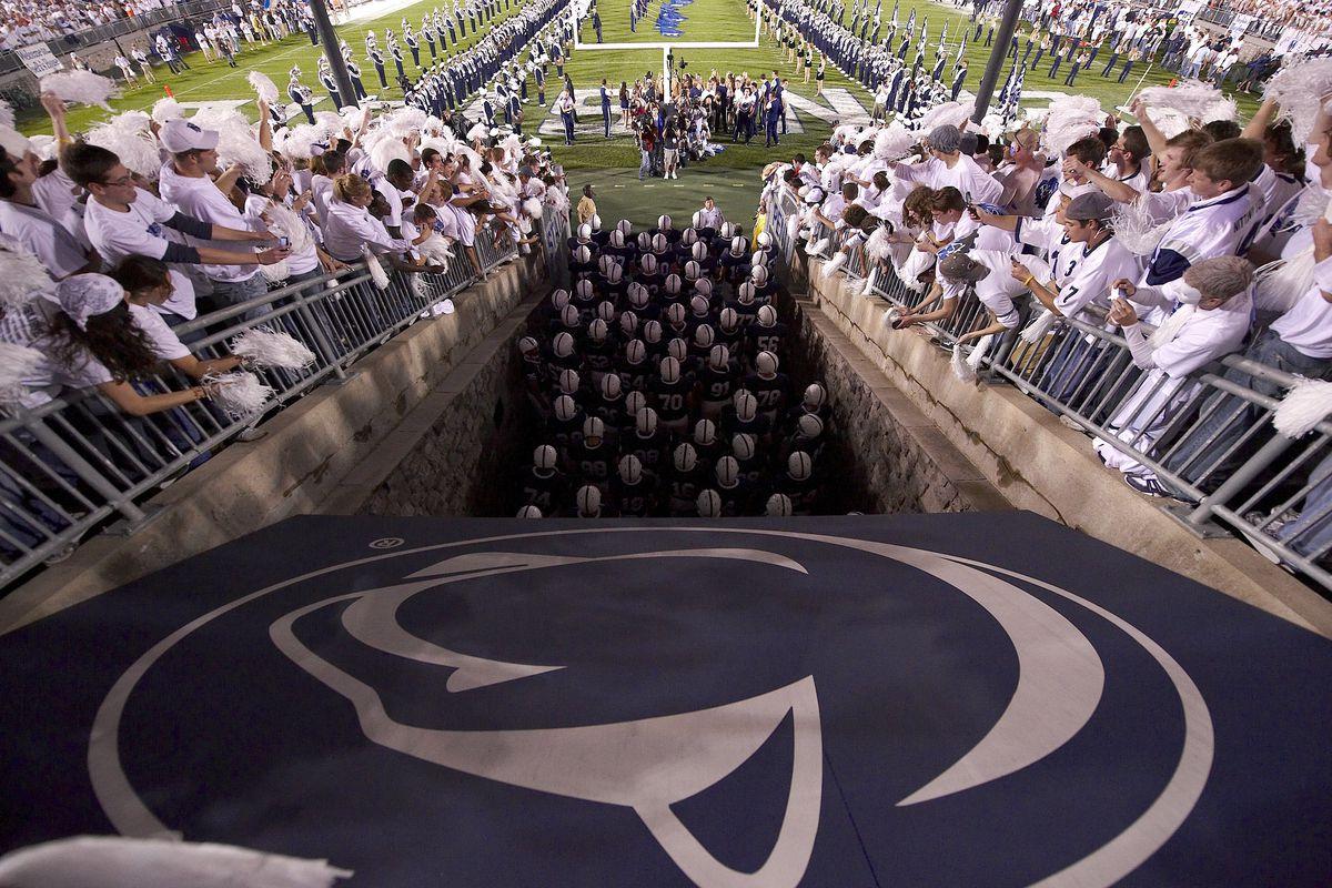 Penn State University vs University of Illinois