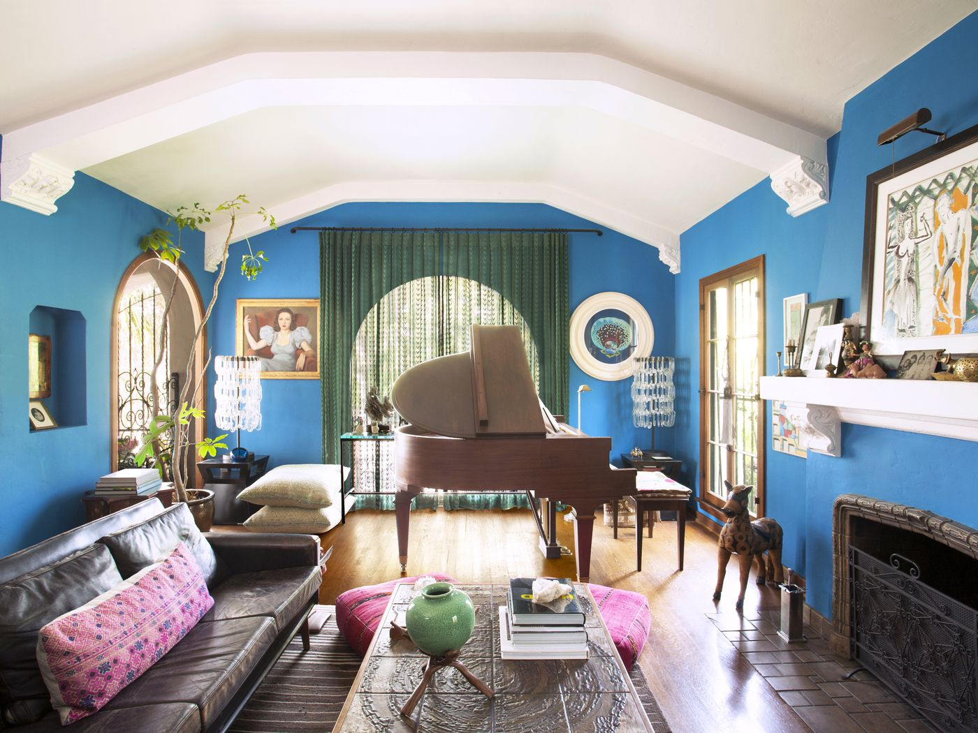 Interior designer\'s Los Feliz Spanish Revival home embraces the ...