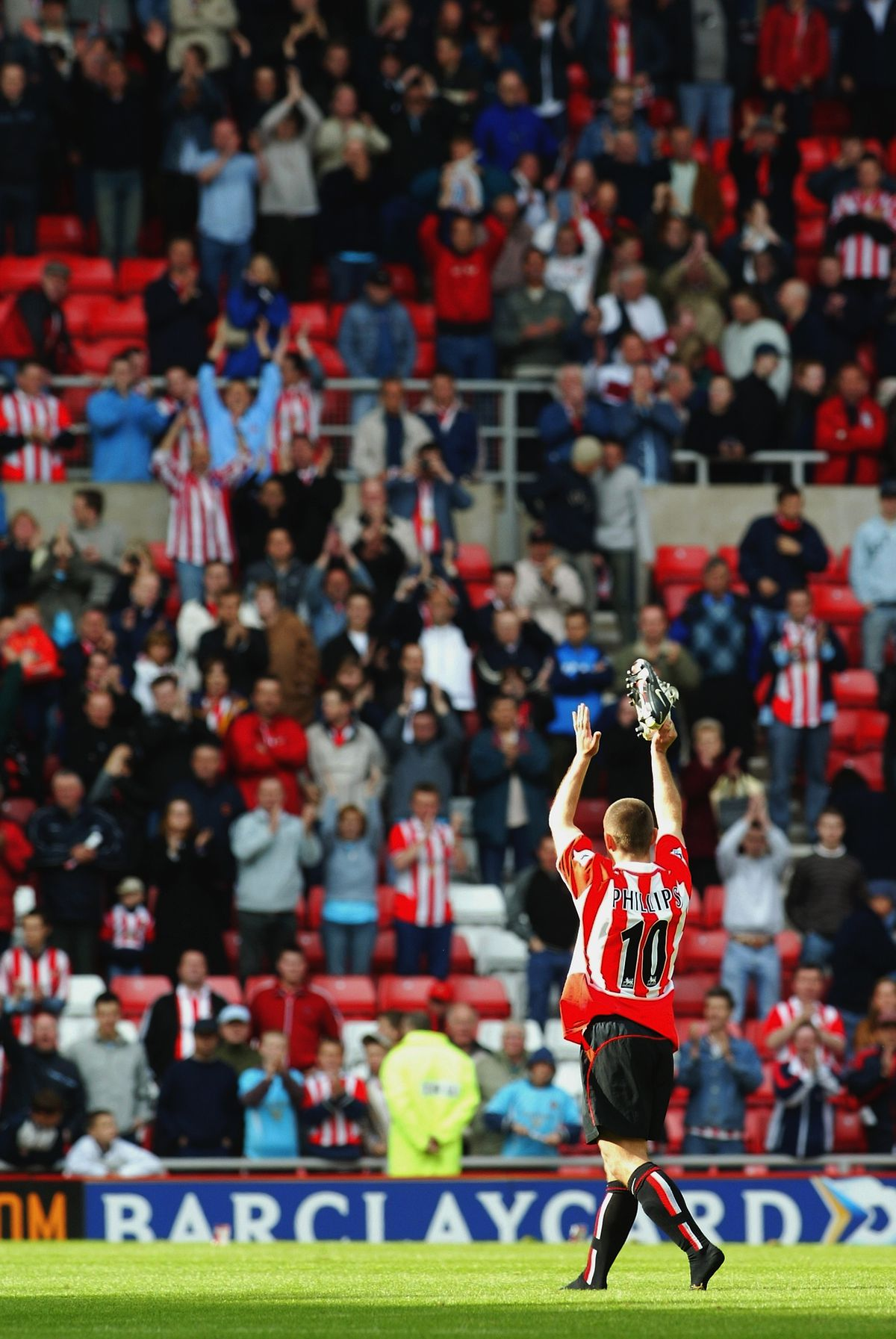 Kevin Phillips of Sunderland waves goodbye to the fans who have held him close to their hearts