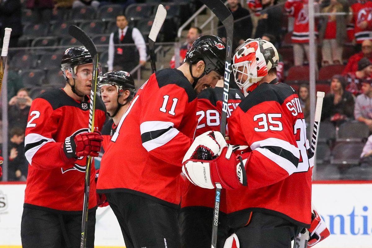 NHL: Anaheim Ducks at New Jersey Devils