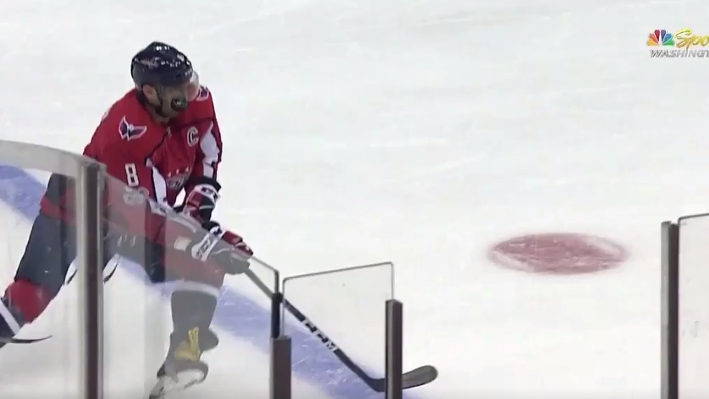 e27f7f57be9 Alex Ovechkin leaves Washington Capitals game after taking a puck to the  face - SBNation.com