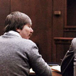 Thomas William Randolph, left, appears in court in 1989. Randolph was charged in the 1986 slaying of his wife but was acquitted.