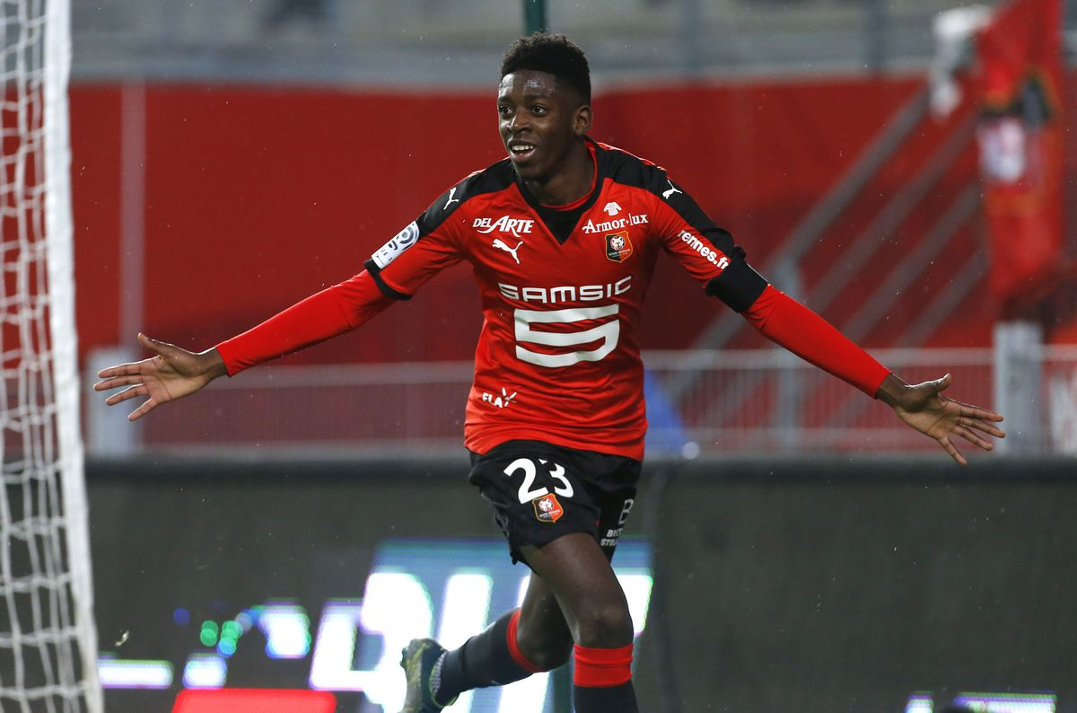 RENNES, FRANCE - NOVEMBER 22: Ousmane Dembele of Rennes celebrates his goal during the French Ligue 1 match between Stade Rennais (Rennes) and Girondins de Bordeaux at Roazhon Park stadium on November 22, 2015 in Rennes France