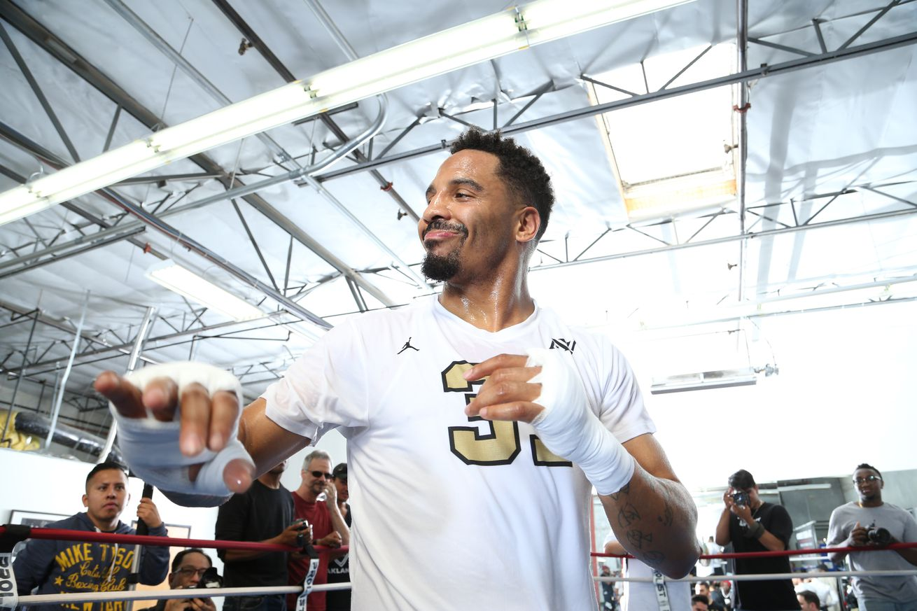 Morning Report: Andre Ward thinks Floyd Mayweather vs. Conor McGregor is good for boxing