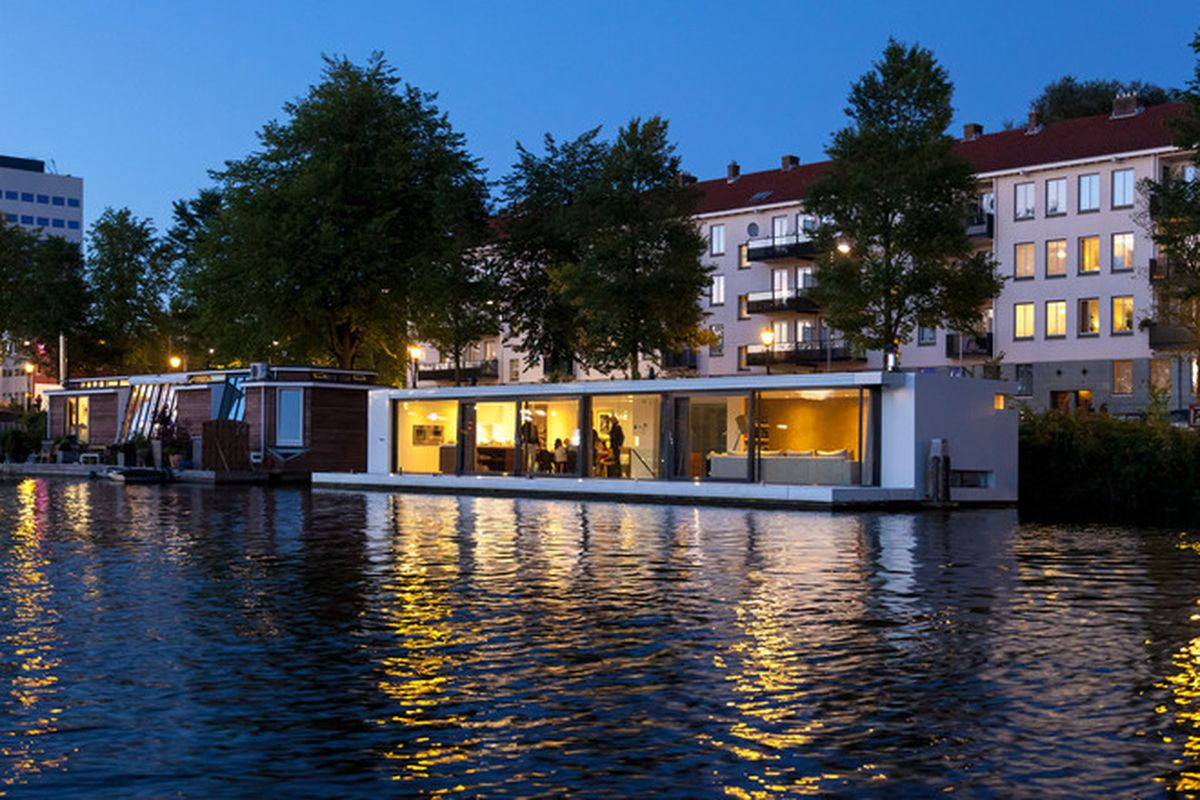 Floating Home In Amsterdam Embodies Seafaring Luxury Curbed