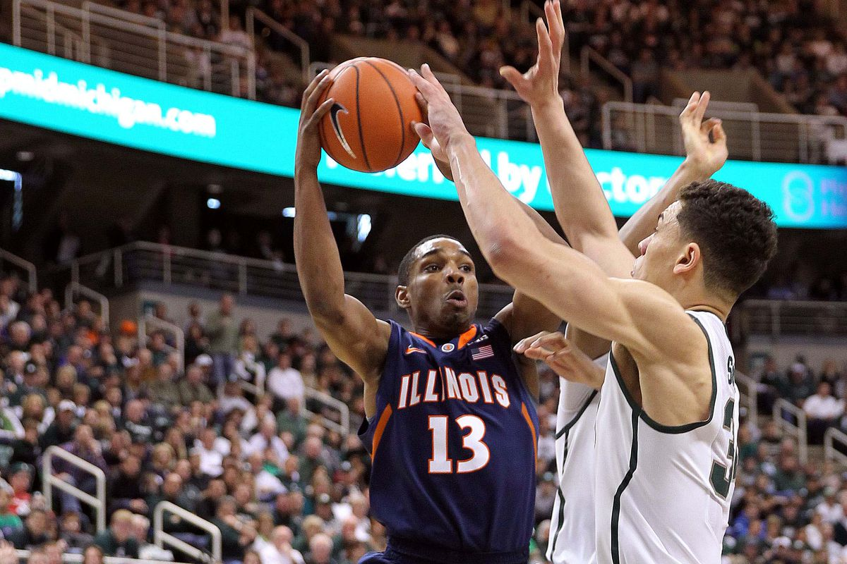 Tracy Abrams playing against Travis Trice of Michigan State