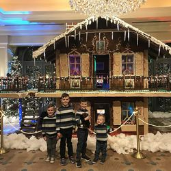 One Story House Christmas Lights.Herbert Family S Top 6 Christmas Outings Deseret News