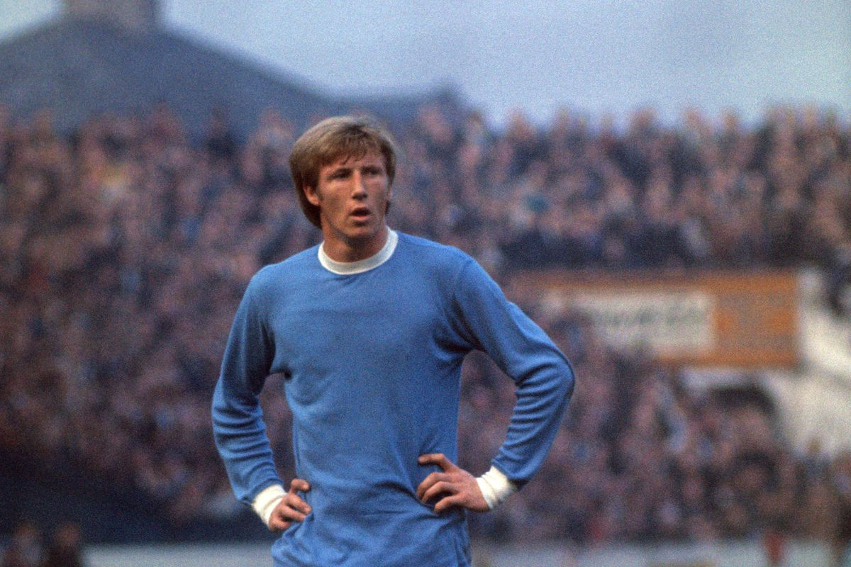 Soccer - Football League Division One - Manchester City v Nottingham Forest - Maine Road
