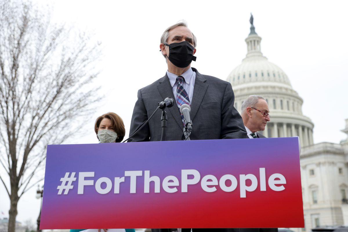 Sen. Jeff Merkley, Senate Majority Leader Chuck Schumer, and Sen. Amy Klobuchar outside the Capitol.