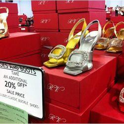 Roger Vivier's December sale
