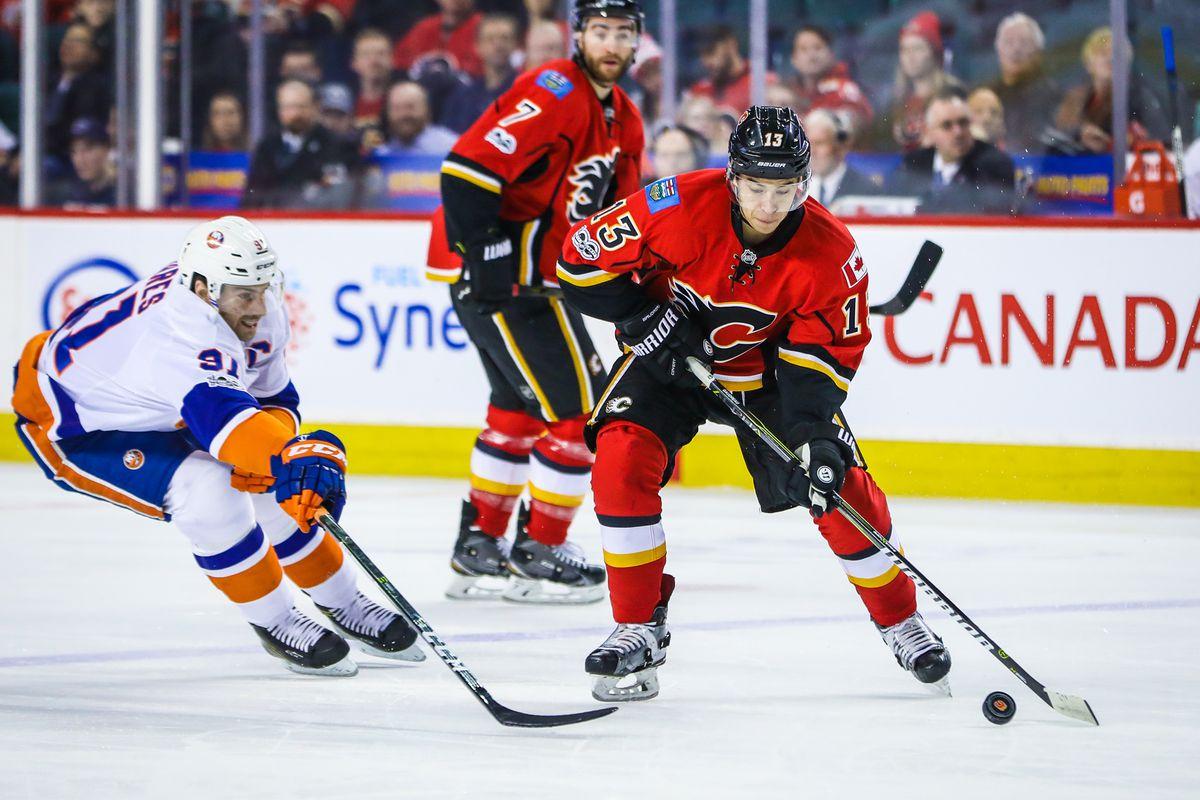 NHL: New York Islanders at Calgary Flames