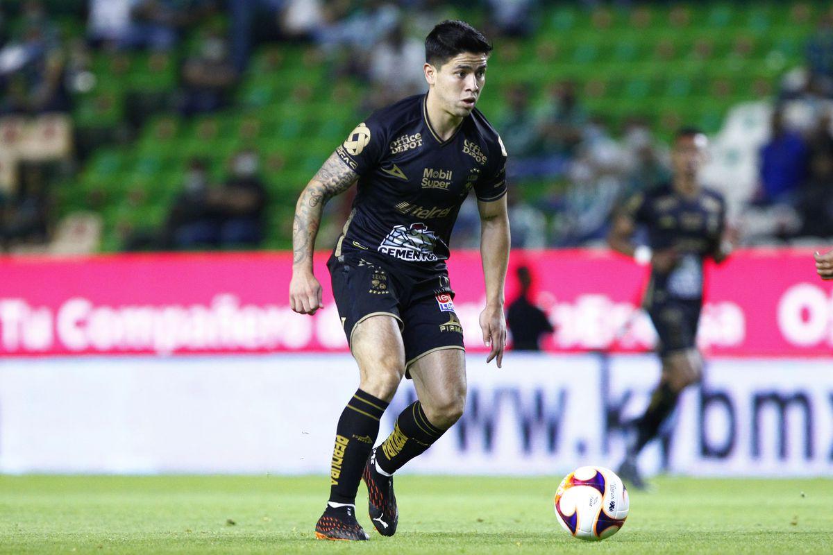 Leon v Necaxa - Torneo Guard1anes 2021 Liga MX