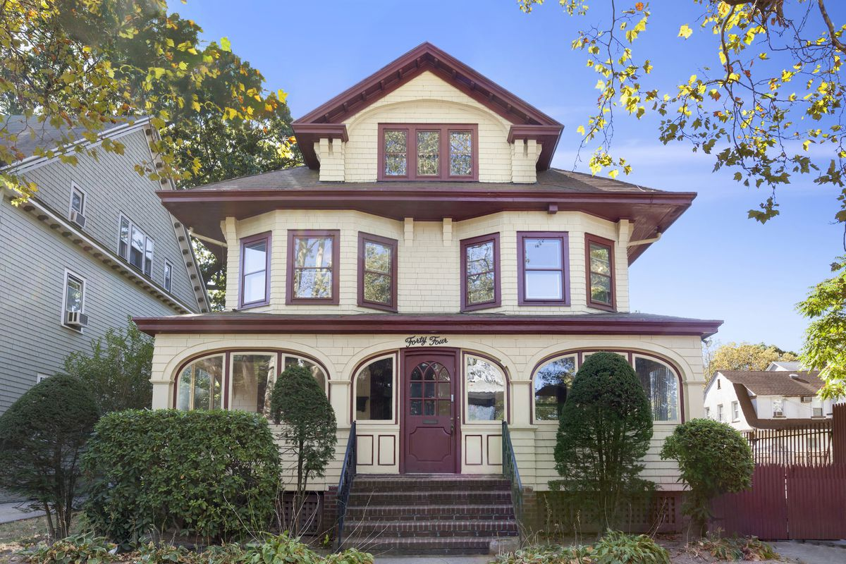 In ditmas park a picture perfect colonial revival home for Colonial style houses for sale