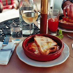 """Bar Corvo by <a href=""""http://www.flickr.com/photos/naftels/7157800186/in/pool-29939462@N00/"""">Naftels</a>"""