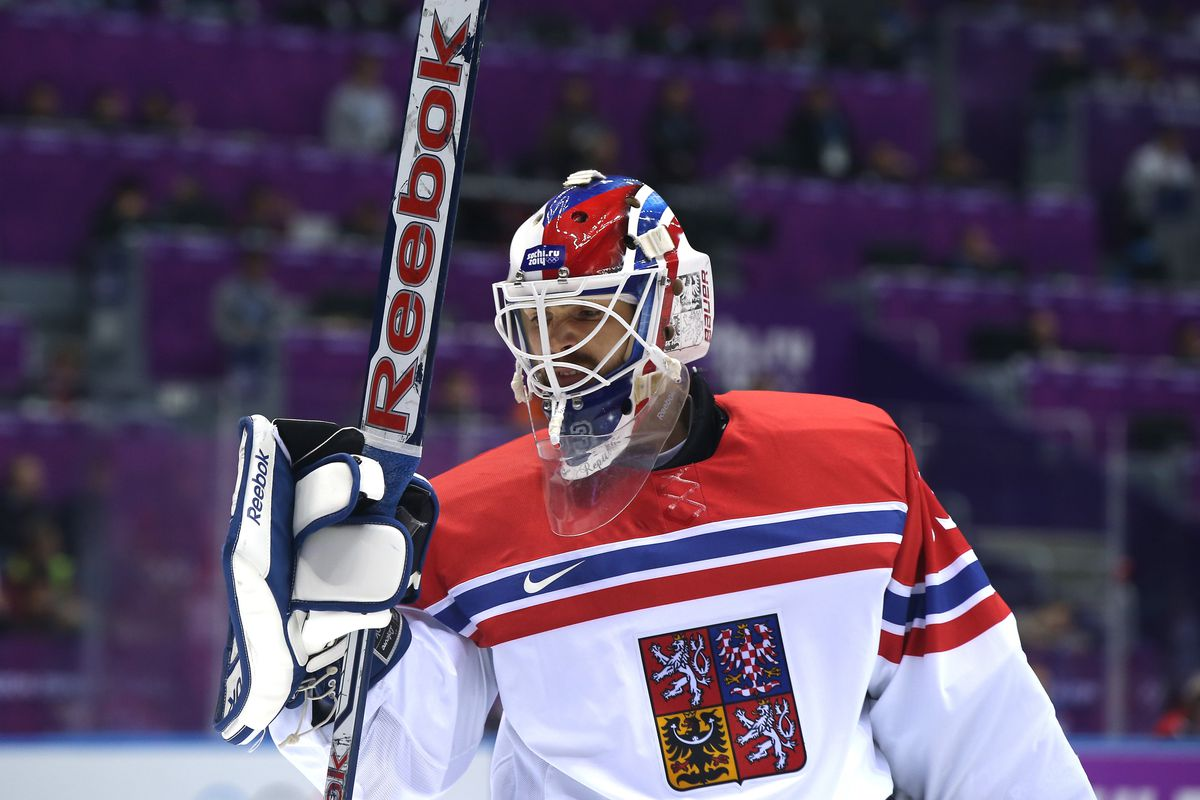 The winner of the Czech Republic-Slovakia game will face Team USA in the quarterfinals.