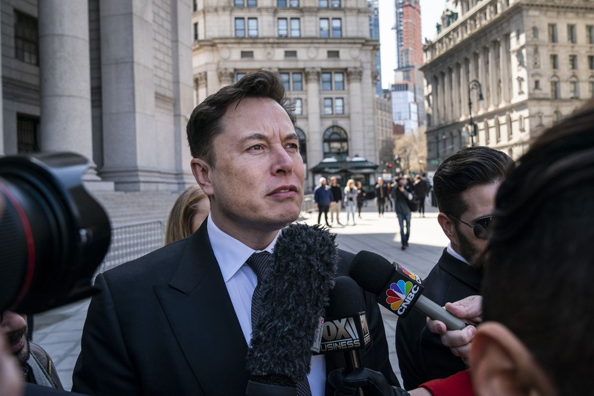 Elon Musk ordered to work things out with the SEC over his