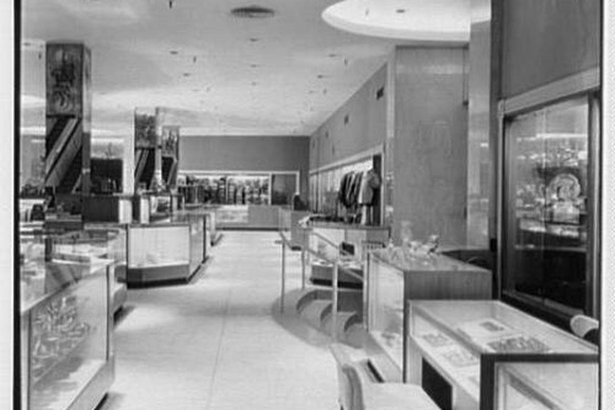 "C.A. Rowell department store, c. 1950. Image credit: <a href=""http://blog.philadelphiarealestate.com/"">Phila. Real Estate Blog</a>"