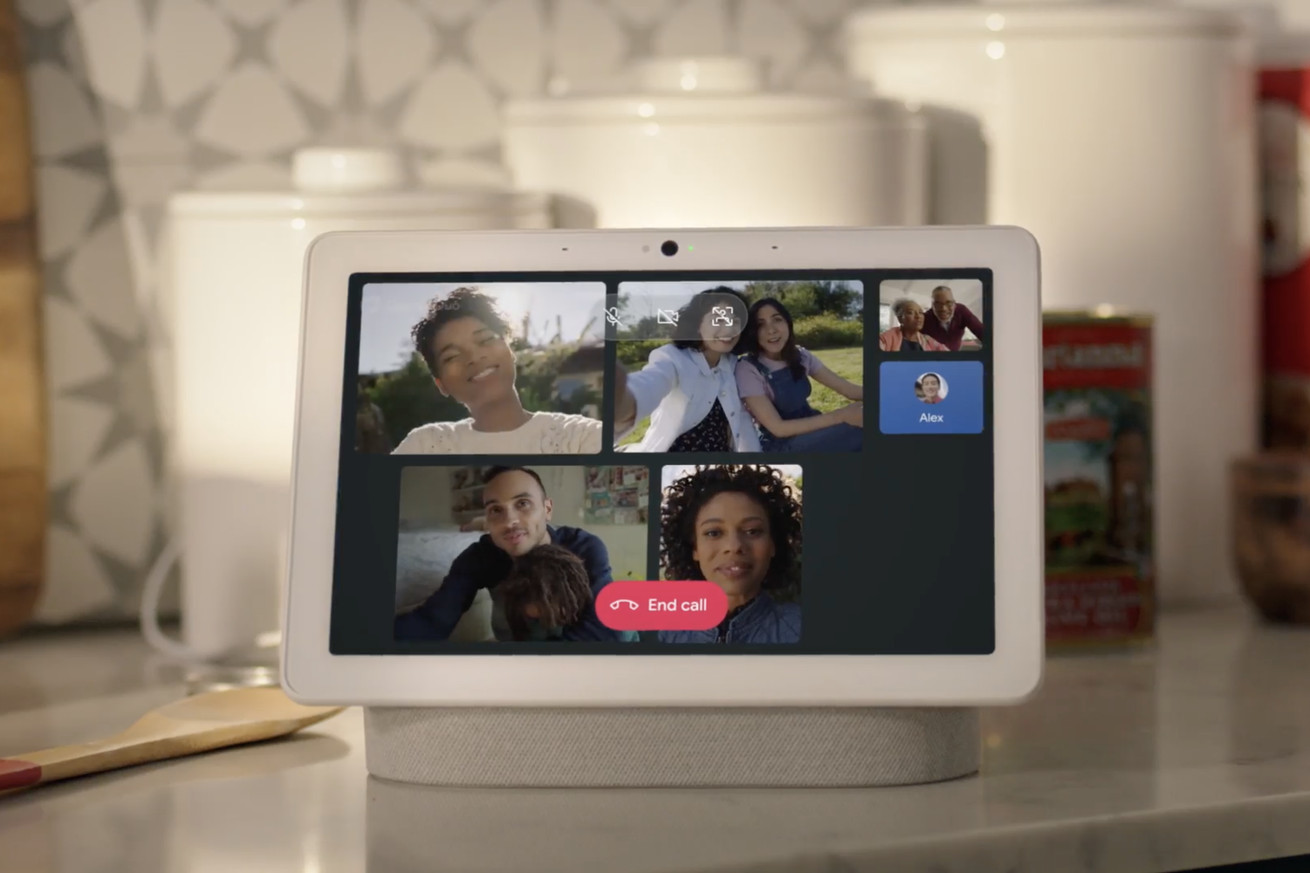 A group Google Duo call on a Nest Hub Max smart display
