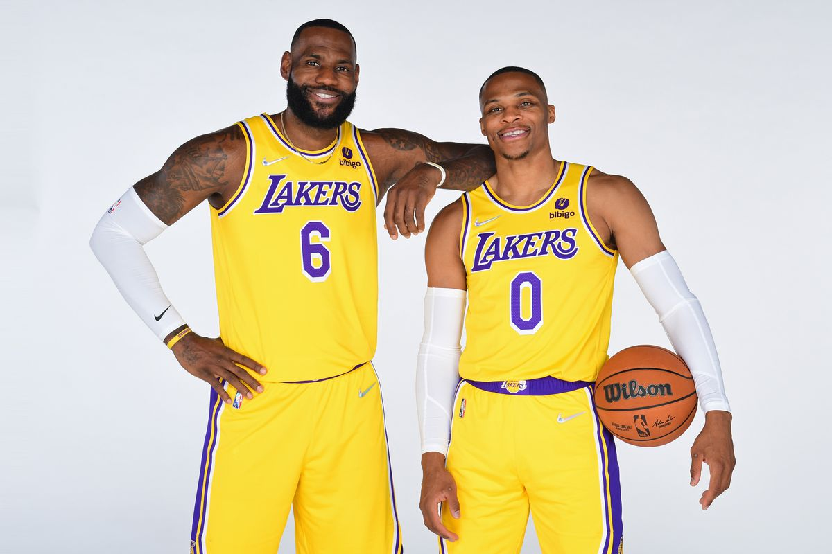 LeBron James #6 and Russell Westbrook #0 of the Los Angeles Lakers pose for a portrait during NBA Media day at UCLA Health Training Center on September 28, 2021 in El Segundo, California.