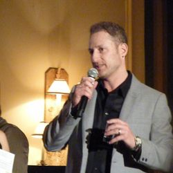 Rob Katz accepting the award he won with partner Kevin Boehm of the Boka Group for rising star restaurateurs.