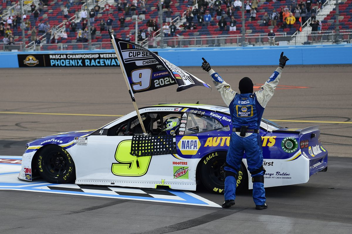 Chase Elliott, driver of the #9 NAPA Auto Parts Chevrolet, celebrates after winning the NASCAR Cup Series Season Finale 500 and the 2020 NASCAR Cup Series Championship at Phoenix Raceway on November 08, 2020 in Avondale, Arizona.