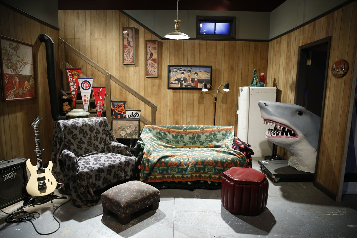 Wayne's World set   Museum of Broadcast Communications