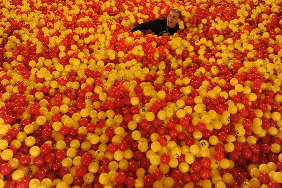 There is 100% chance that the coverage of the draft lottery is going to make me wish i could drown Peter Chiarelli in a vat of lottery balls.
