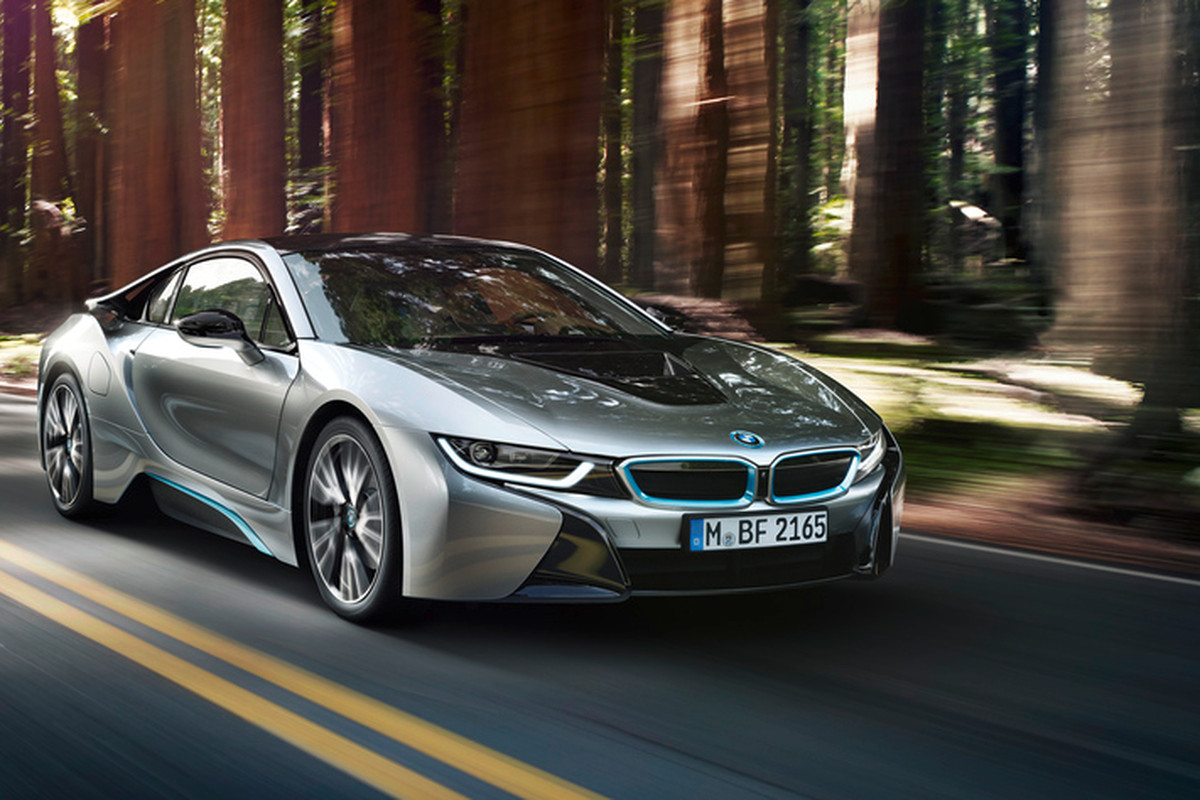 Bmw Unveils The Production A Hybrid Supercar To Challenge