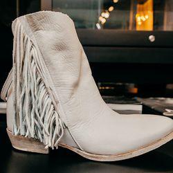 "Cinzia Araia Fringe Boots, <a href=""http://odd-style.com/womens/shoes/ember-fringe-maiorca"">$600</a>"