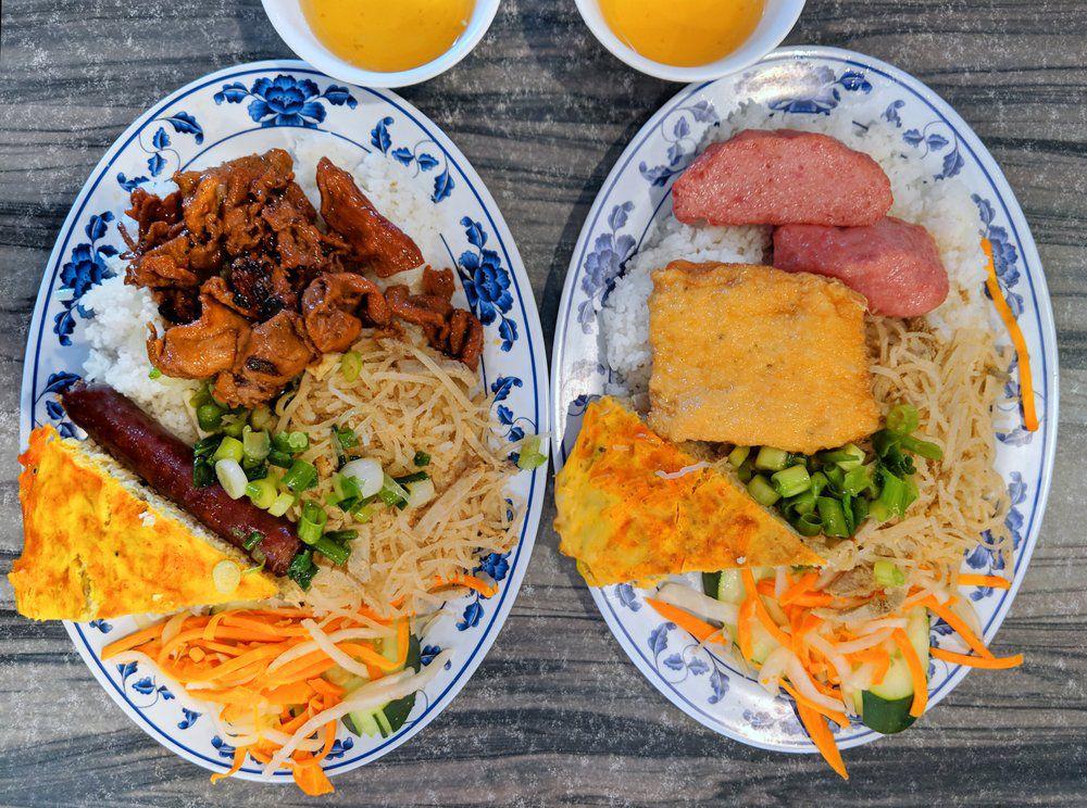 Com Tam Thuan Kieu Restaurant