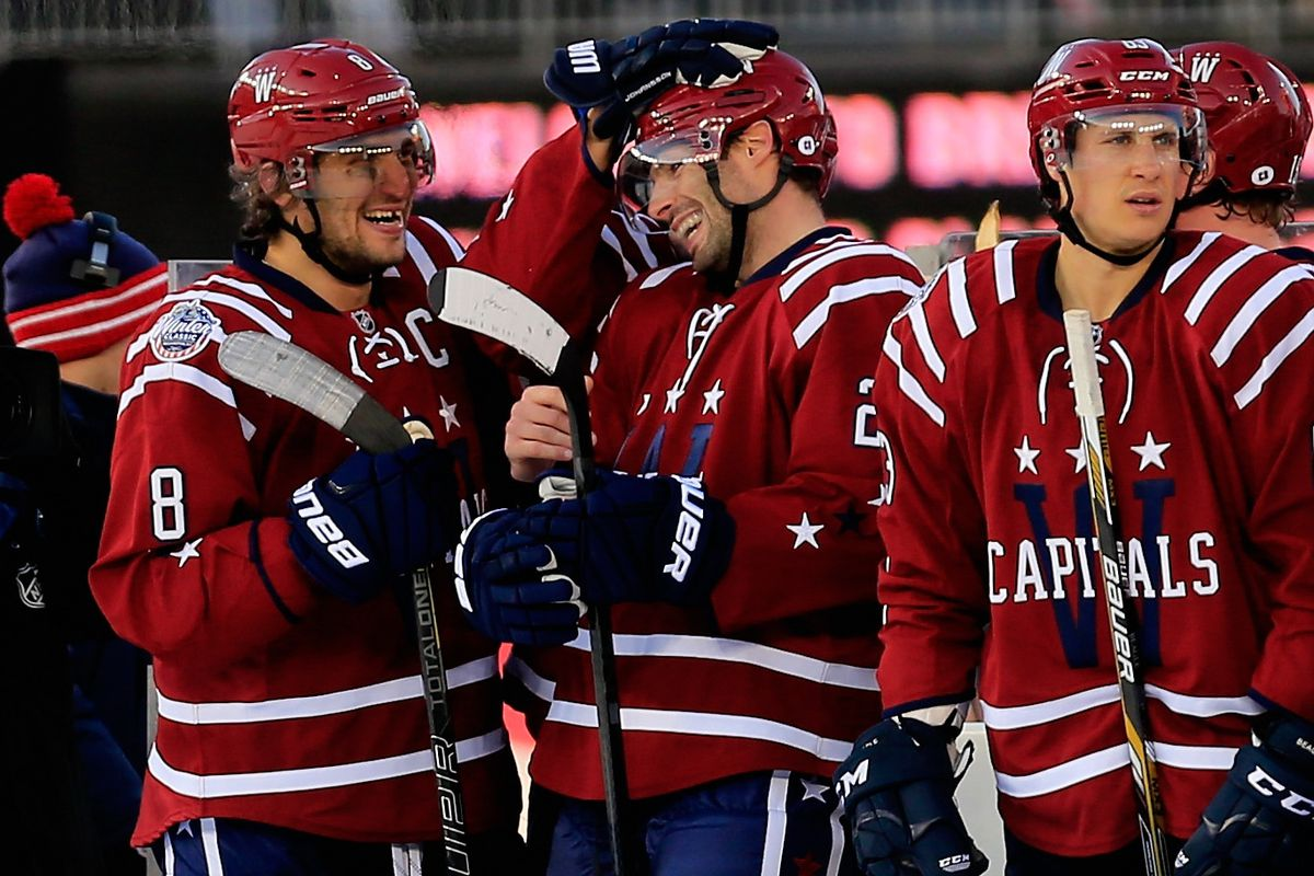 39a8e95d118000 Winter Classic 2015: Troy Brouwer the hero as Capitals win on final minute  goal