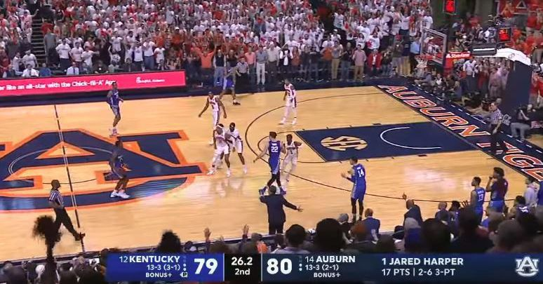 Auburn Tigers: Bryce Brown tries to beat Kentucky Wildcats with flop that blew up in his face - A Sea Of Blue