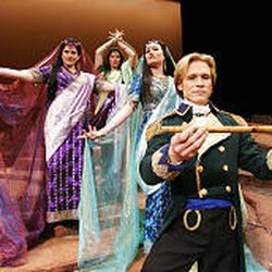Scott Murphree sings Tamino, and Jessica Bowers, Jamie Van Eyck and Heidi Stober sing the Three Ladies.