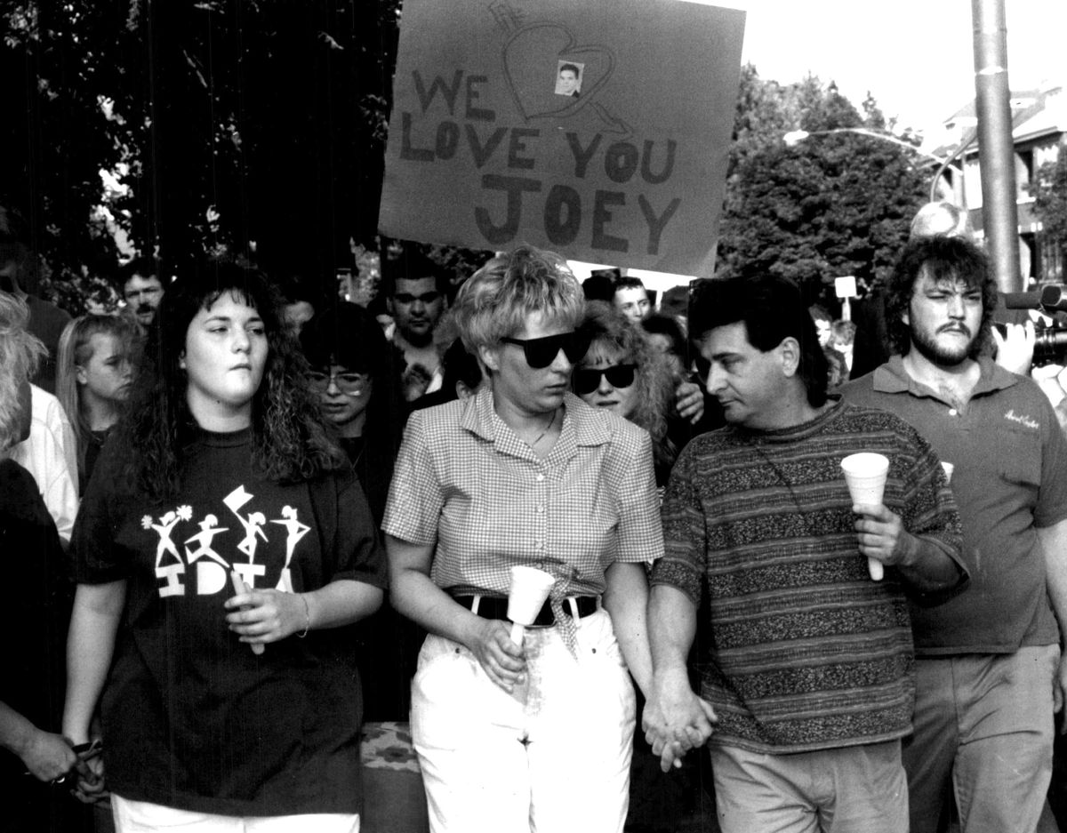 Debra Fahrforth (center) and her husband, Edward, march on June 8, 1992, with other community members through the area on the Southwest side where Debra Fahrforth's son Joey Chlopek, was shot to death by a police officer.