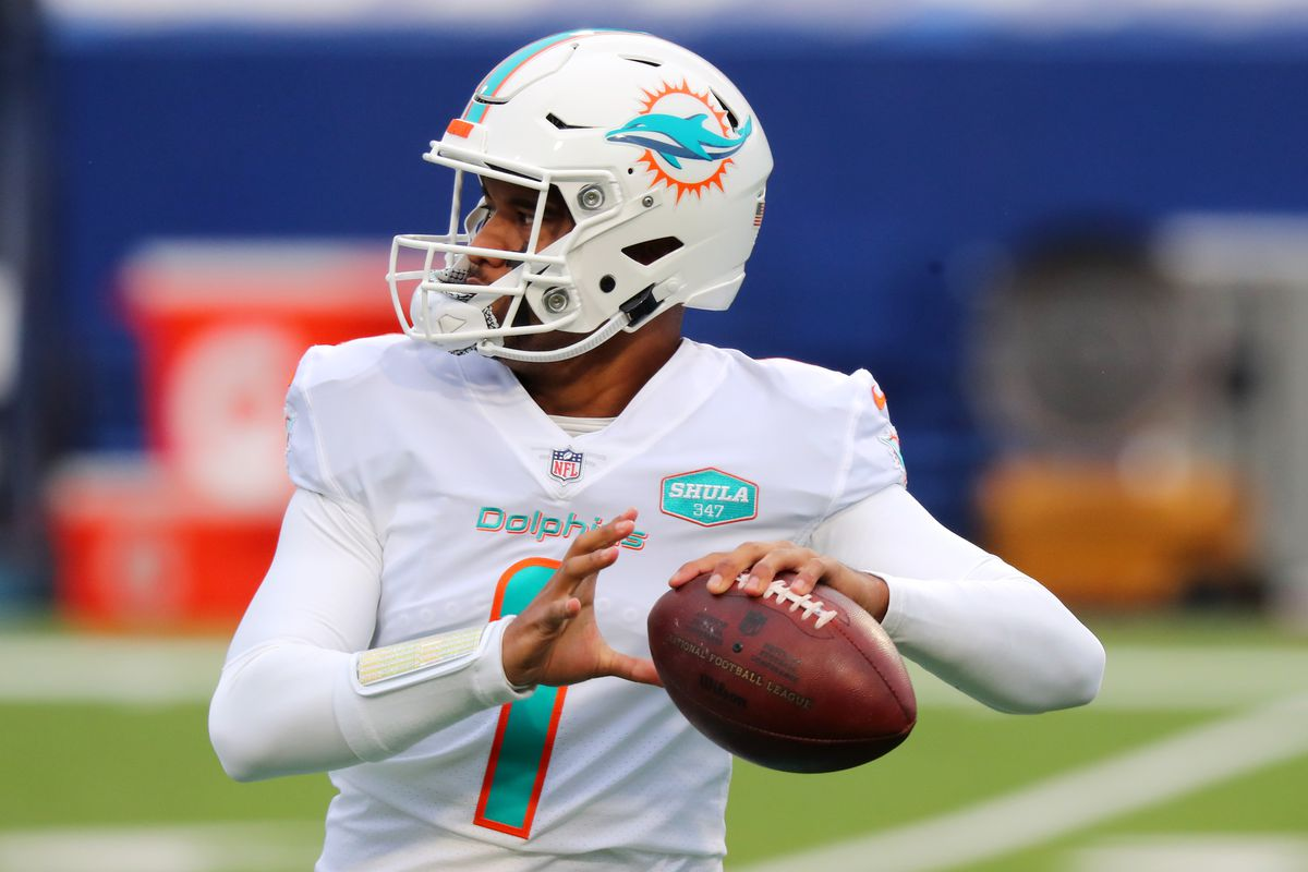 Tua Tagovailoa of the Miami Dolphins warms up before the game against the Miami Dolphins at Bills Stadium on January 03, 2021 in Orchard Park, New York.