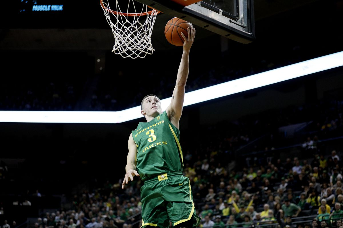 Oregon Ducks guard Payton Pritchard shoots the ball against the Stanford Cardinal during the first half at Matthew Knight Arena.
