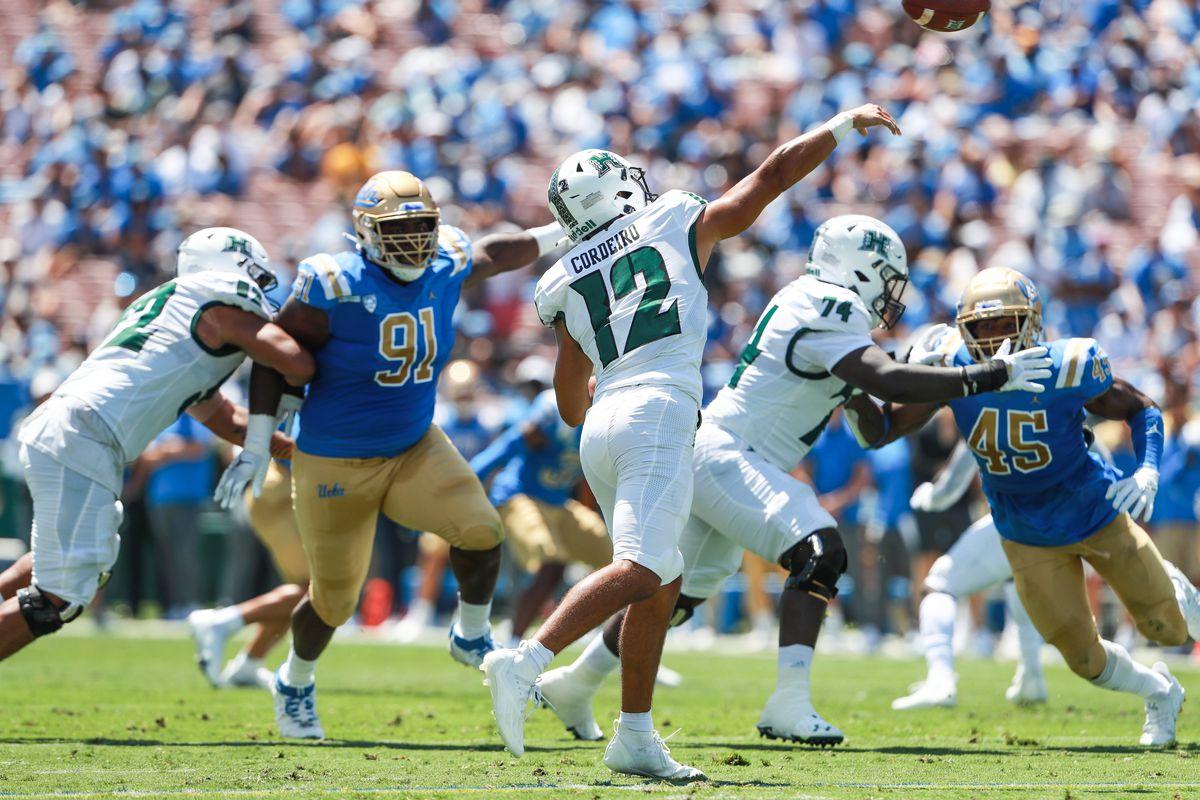 COLLEGE FOOTBALL: AUG 28 Hawaii at UCLA