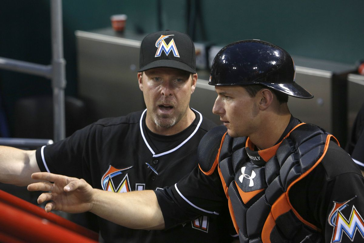 Marlins manager Mike Redmond and catcher Rob Brantly discuss their panic gameplan in case the 2013 season goes down in flames.