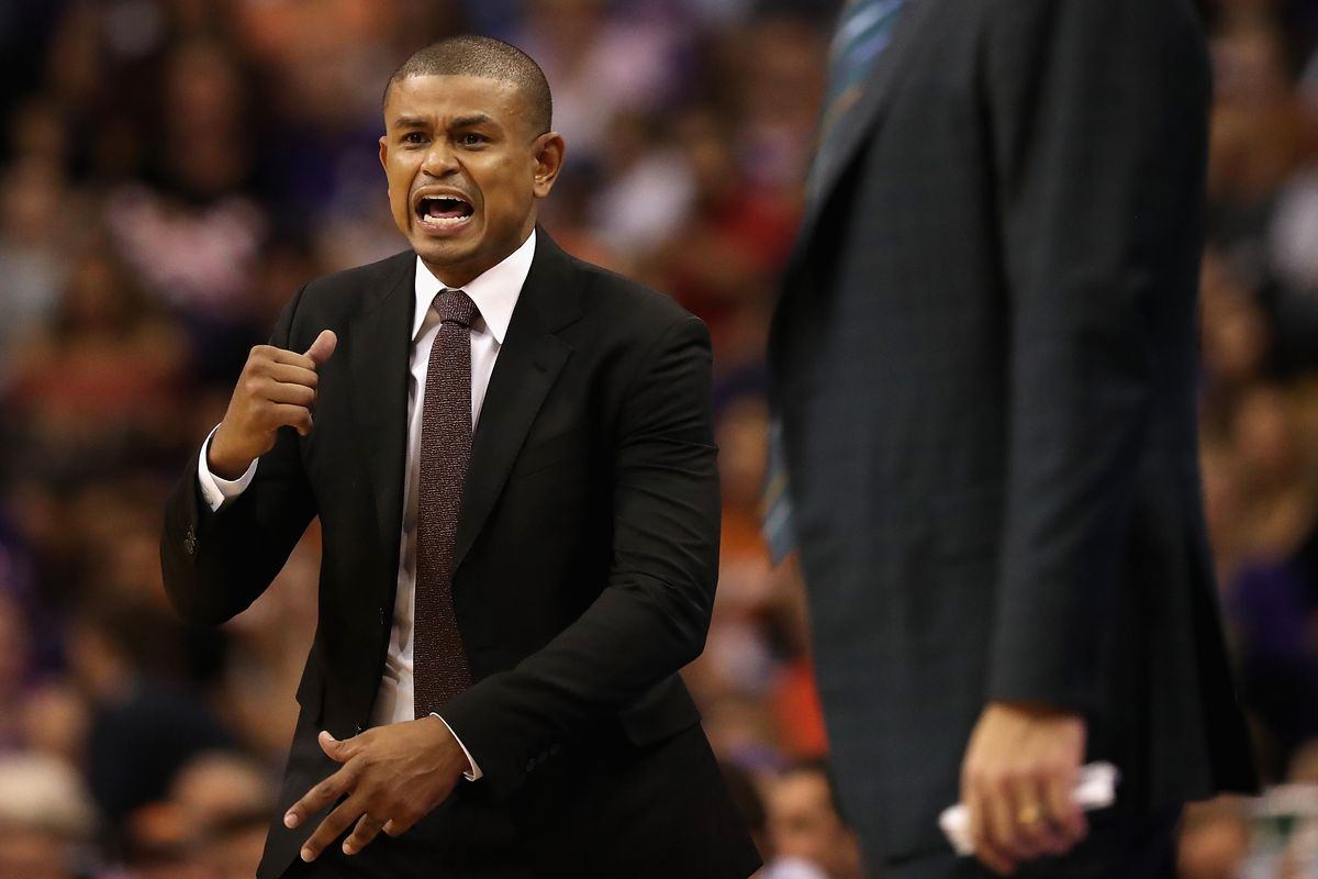 Earl Watson Fired as Phoenix Suns Head Coach