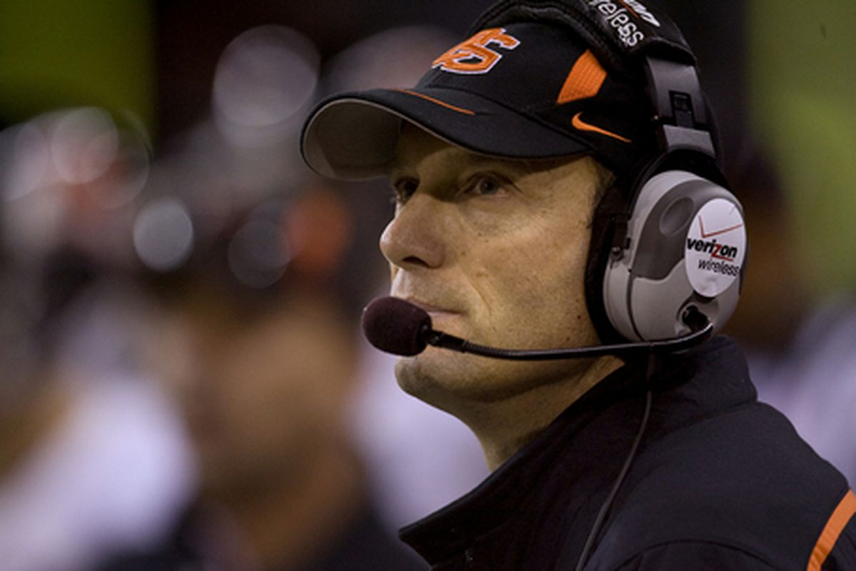 """Oregon St. coach Mike Riley will take some """"bold"""" risks in 2011. In which games is he most likely to do so? Which games should he run a risk in?"""