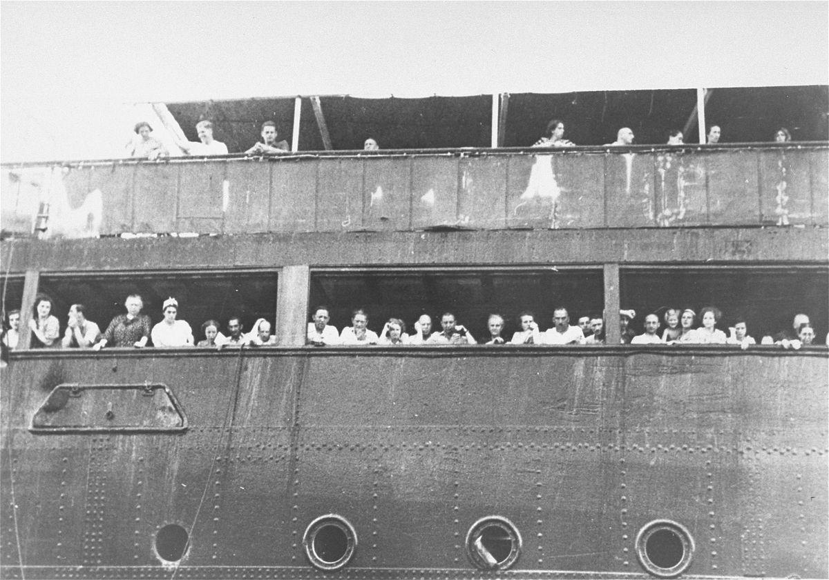jewish refugees st. louis