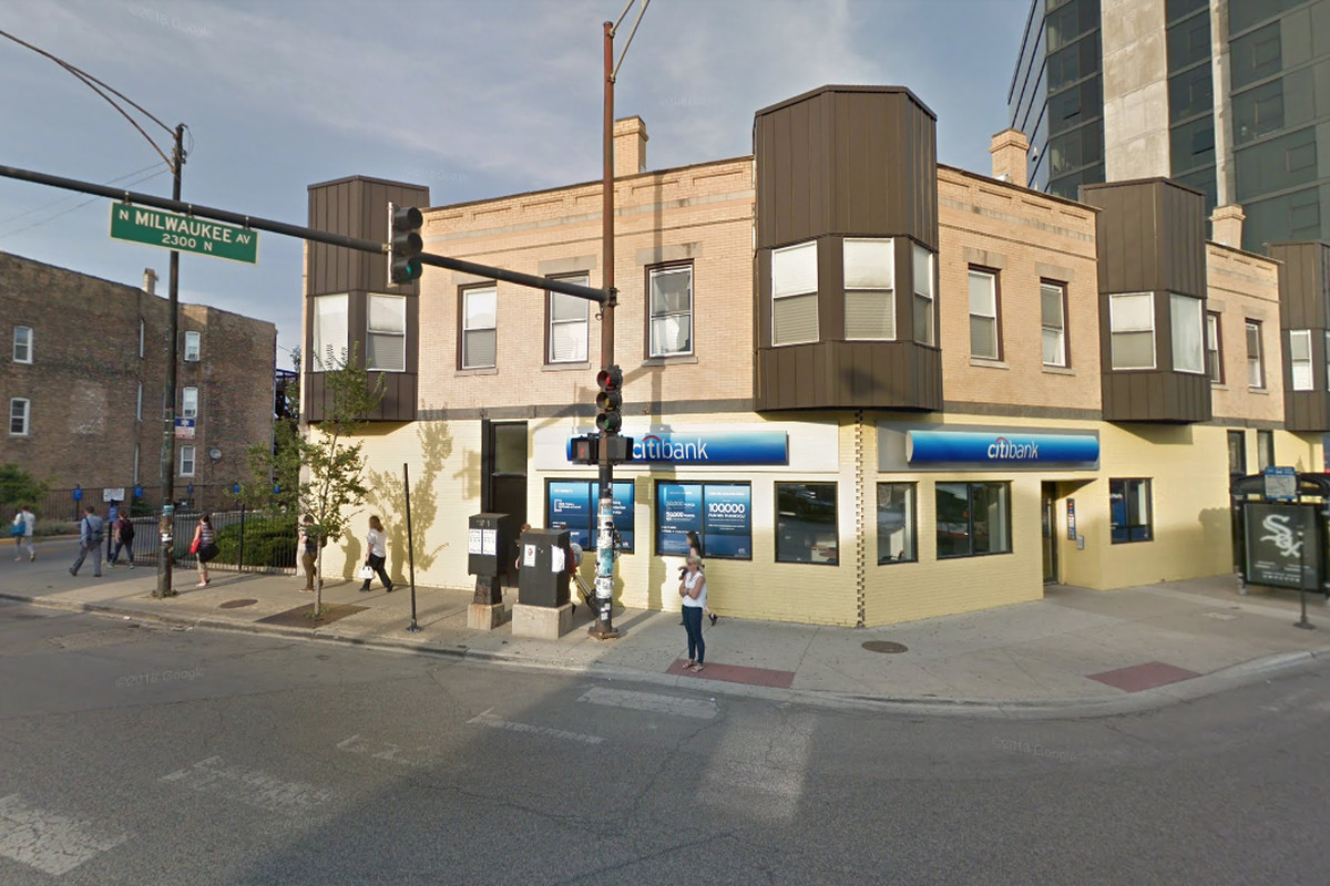A woman with a gun robbed the Citibank branch at 2295 N. Milwaukee Ave. on June 15, 2019.