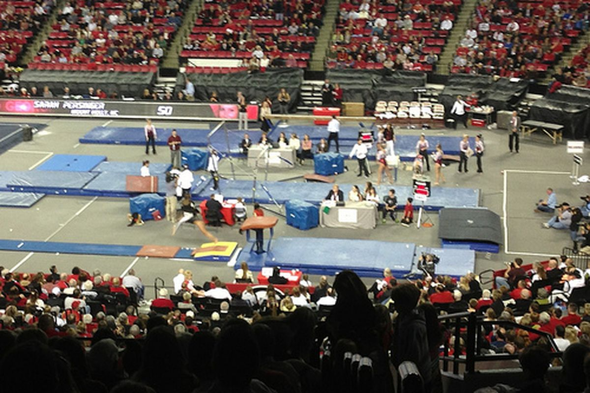 The Gym Dogs again struggled on the balance beam en route to a fourth-place finish in Fort Worth. (Photo credit: '92 grad.)