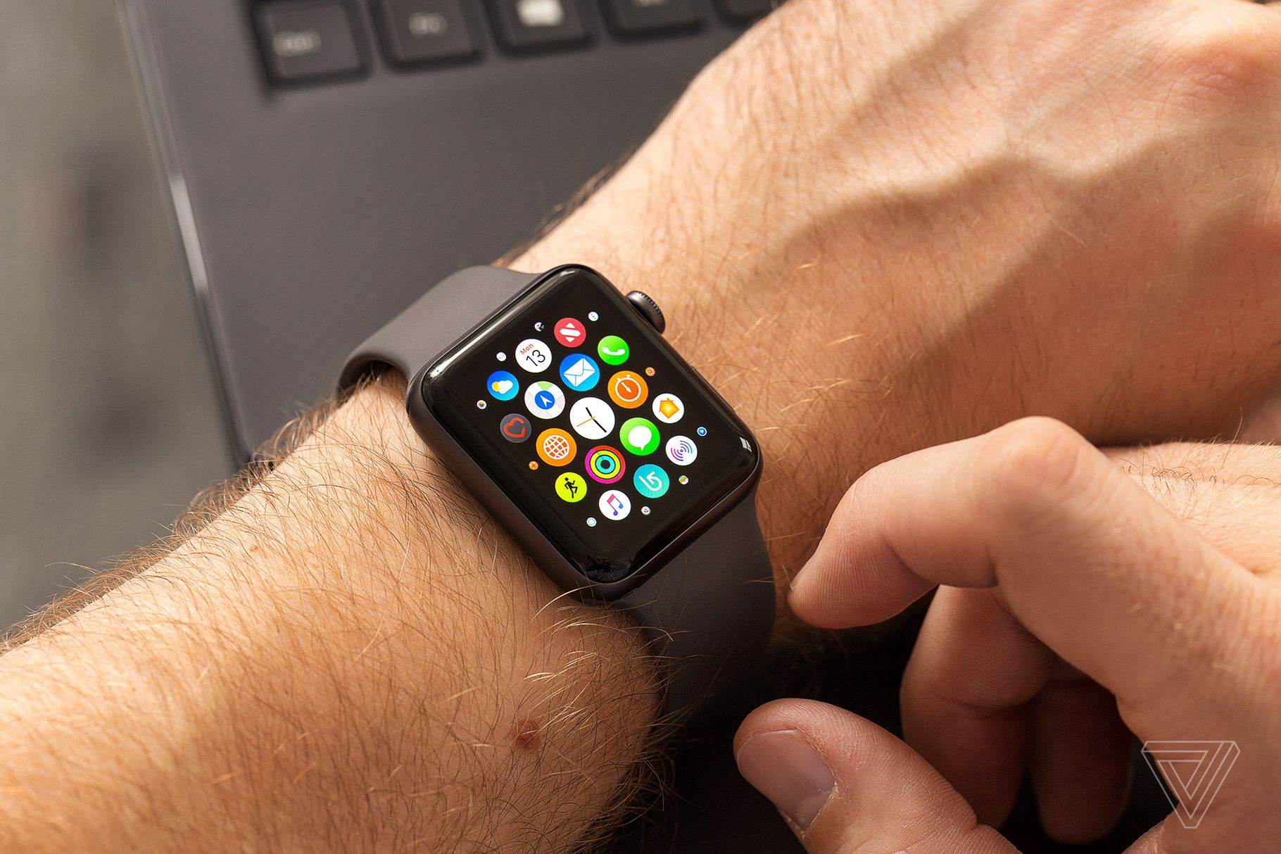 Updating an Apple Watch Series 3 is a nightmare in 2021 ...