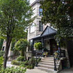 The Old Town neighborhood | Tyler LaRiviere/Sun-Times