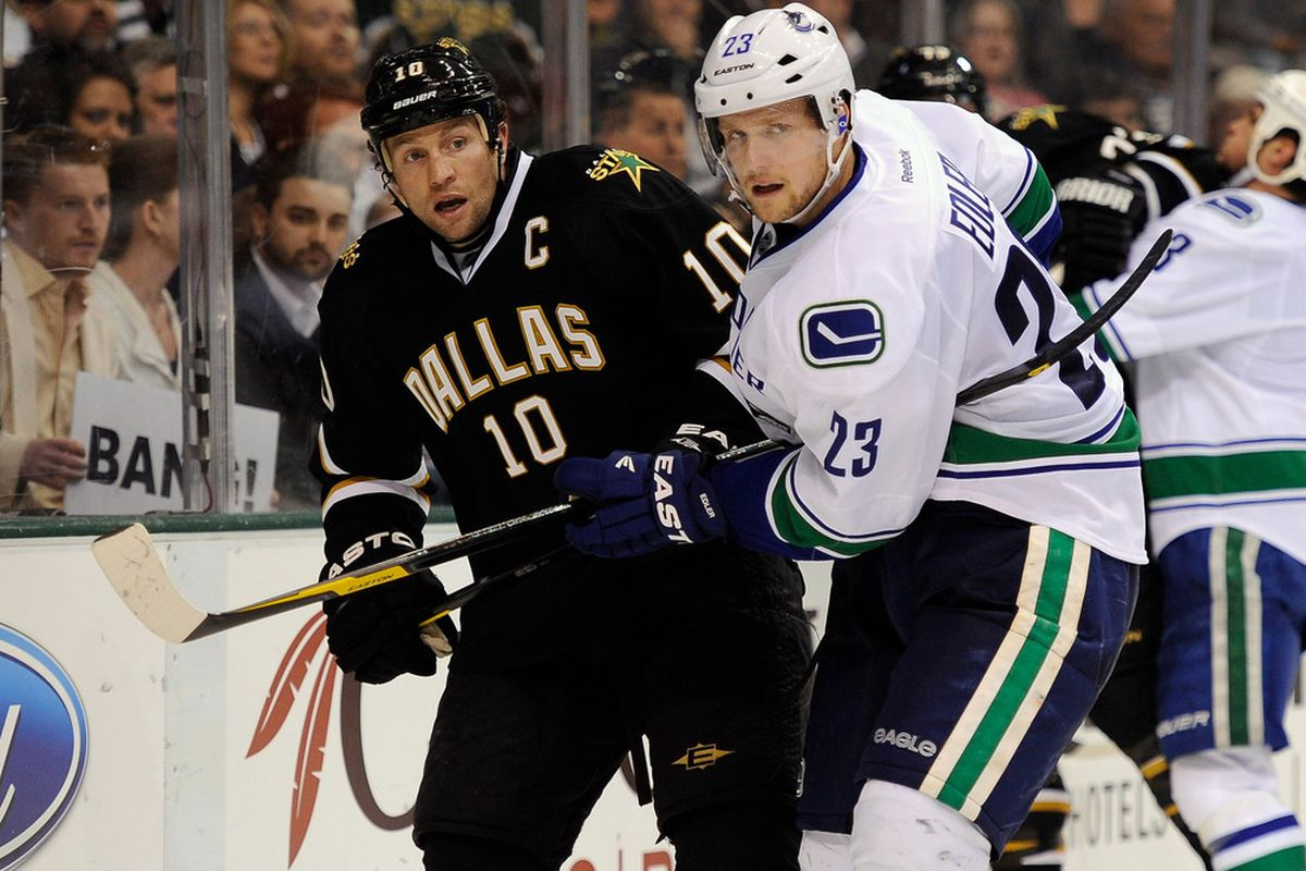In case you guys haven't noticed yet, I like using pics of my favourite Canuck.